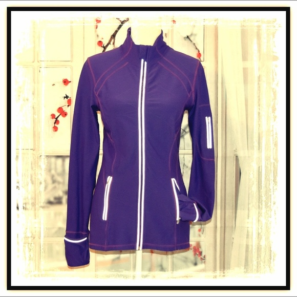 KIRKLAND Jackets & Blazers - 💜Amazing KIRKLAND Active Wear Jacket💜